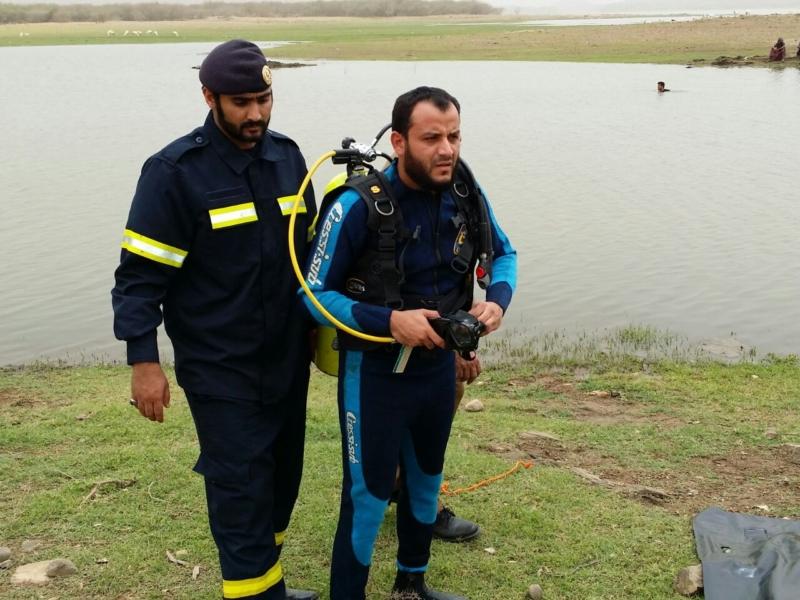 انتشال جثة فريق إفريقي من بحيرة سد وادي جازان (749162981) 