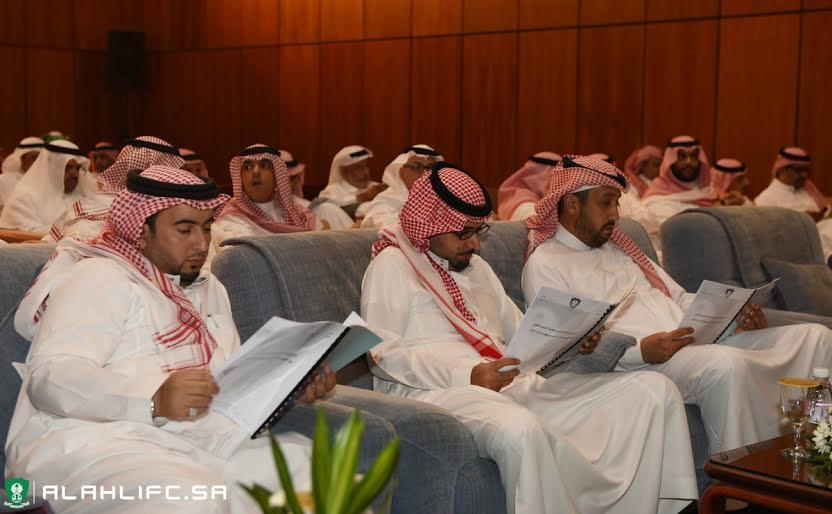 انطلاق الجمعية العمومية في النادي الأهلي (5)