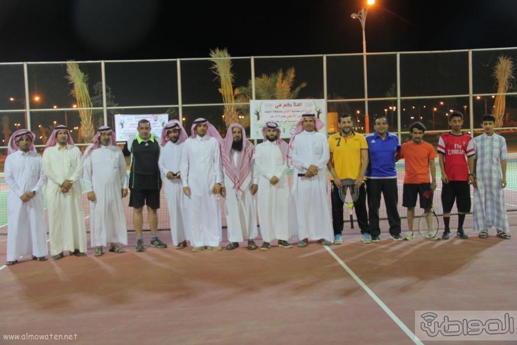 انطلاق بطولة التنس الأرضي الاولى على ملعب الاضارع (9)