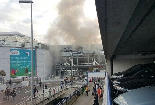 انفجار بمطار بروكسل بلجيكا (3)
