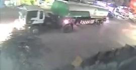 انفجار حافلة وقود في باكستان بعد انقلابها