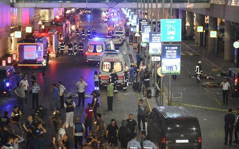 انفجار مطار في تركيا