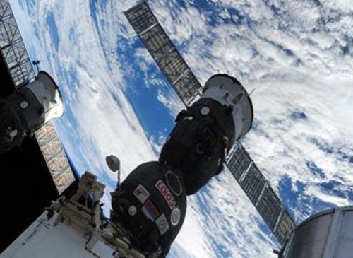 انفصال اول سفينة فضائية
