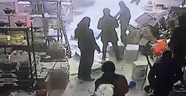 انهيار سقف على عمال
