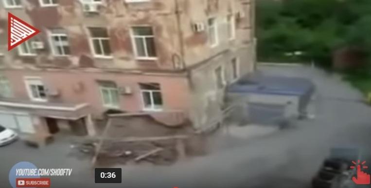 انهيار مبنى سكني في روسيا