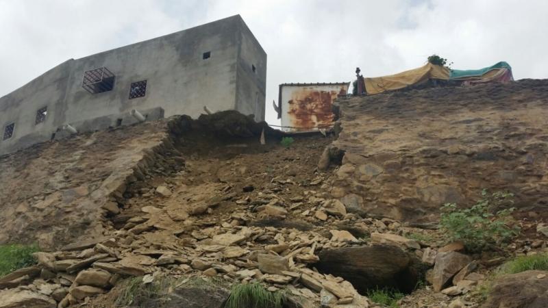 انهيار منزل بهروب1