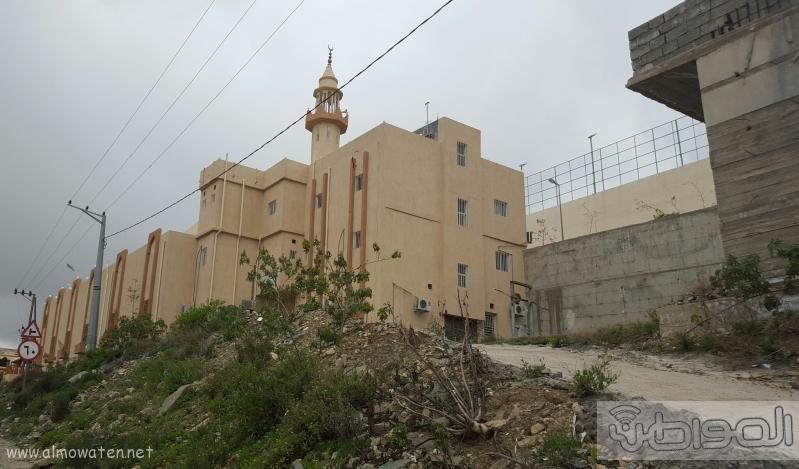 اهالي مفارجة الباحة يشكون من انحراف قبلة مسجد القرية (1)