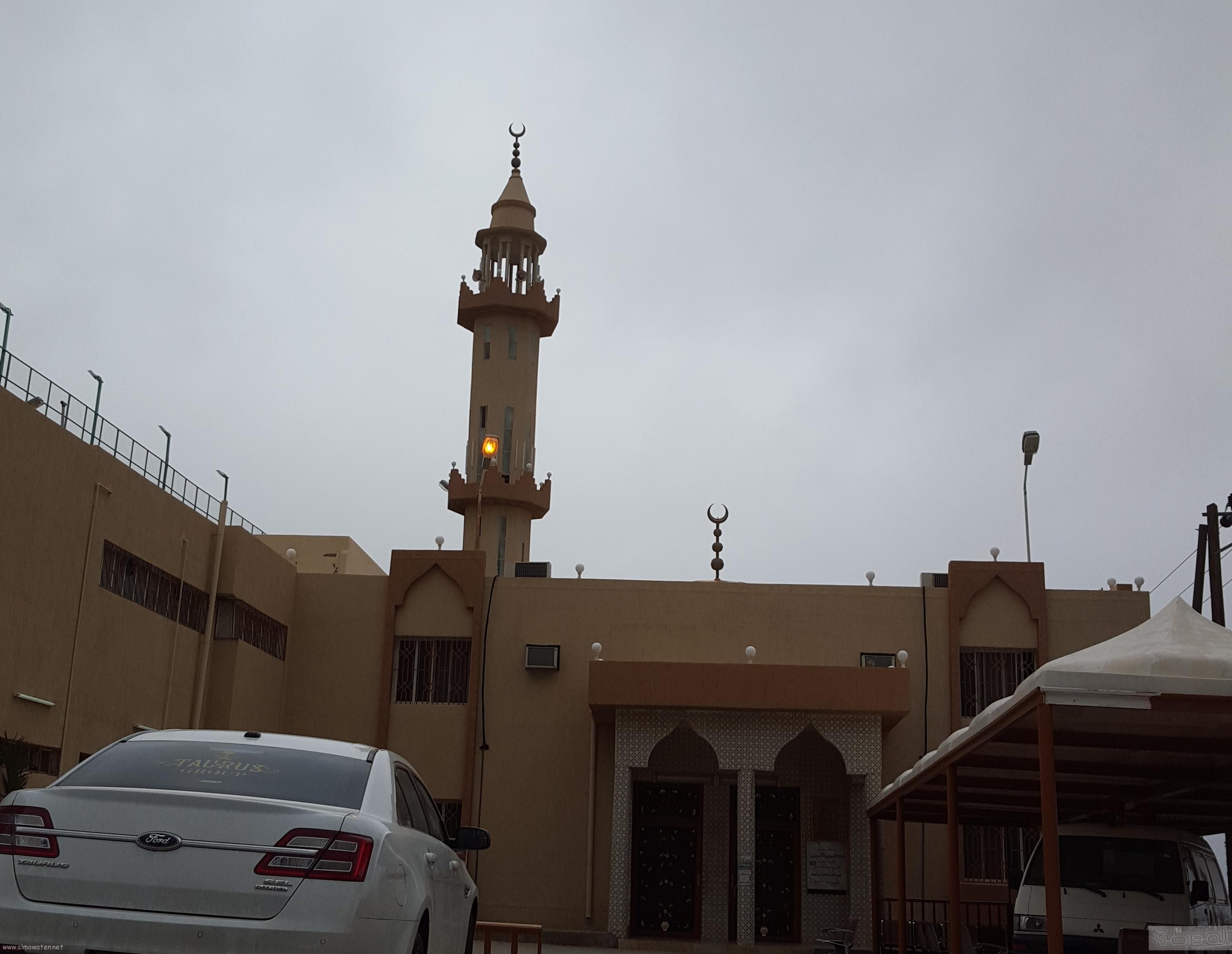 اهالي مفارجة الباحة يشكون من انحراف قبلة مسجد القرية (4)