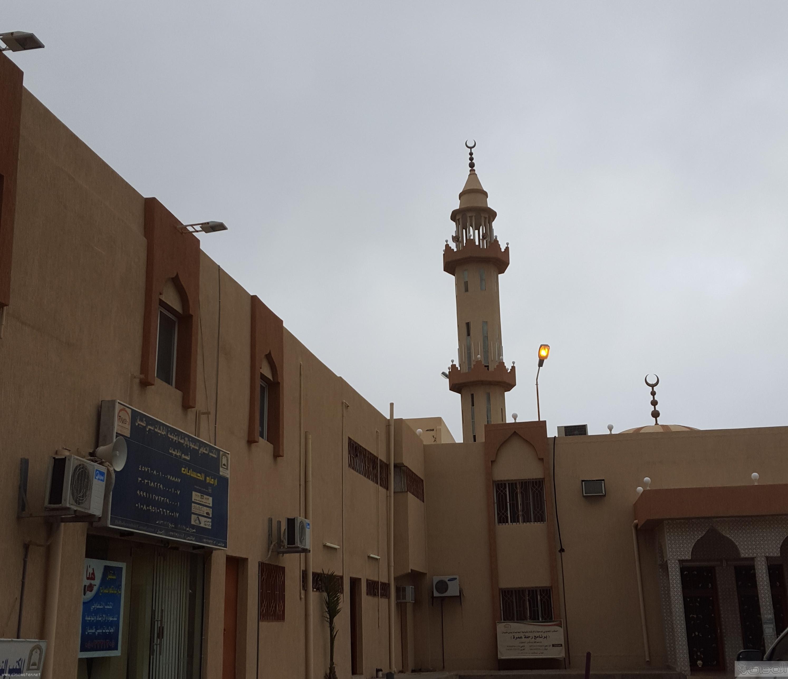اهالي مفارجة الباحة يشكون من انحراف قبلة مسجد القرية (5)