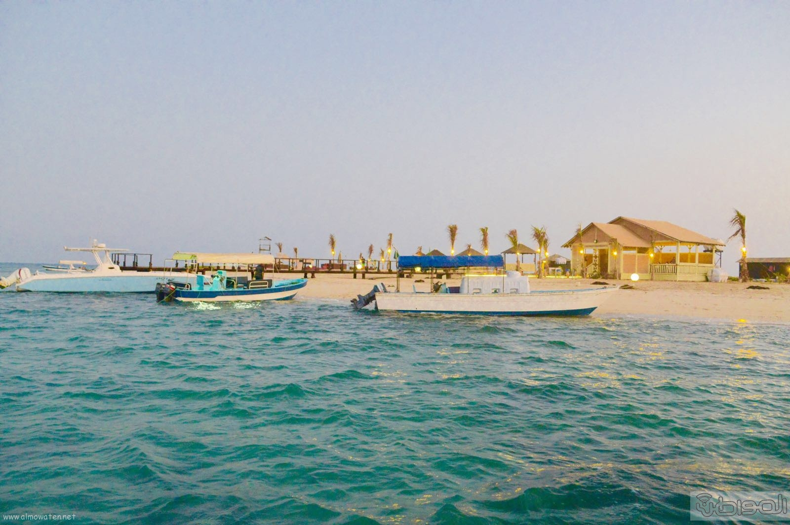 اول جزيرة يتم تهيئتها للسياحة بالمملكة (8)