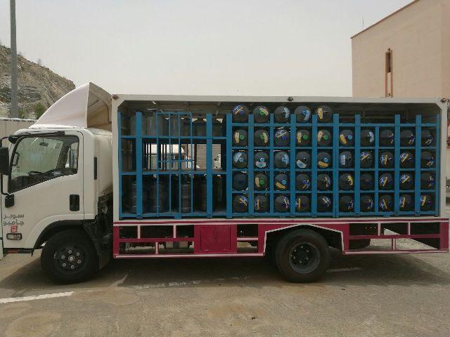 ايقاف سيارات نقل المياه المخالفة