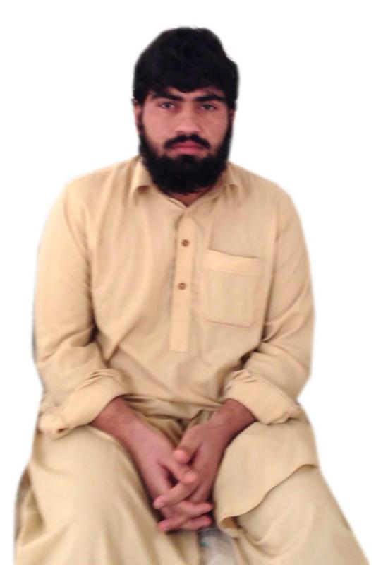 باكستاني أبي وأمي عرضة للضياع.و300 ألف تُخرجني من السجن