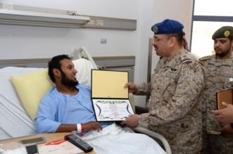 بالصور.. اللواء العتيبي يزور مصابي القوات المسلحة في سلطان الطبية - المواطن