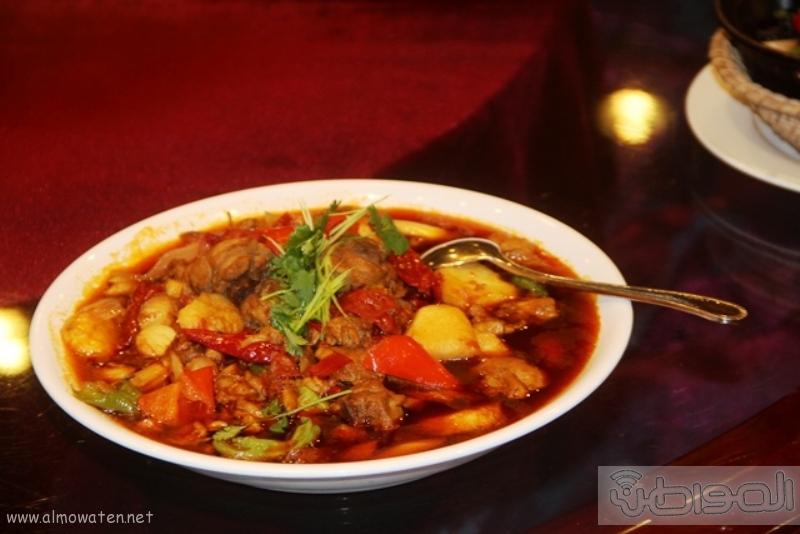 بالصور.. عادات تعرفها لأول مرة عن طعام التنين الصيني (5)