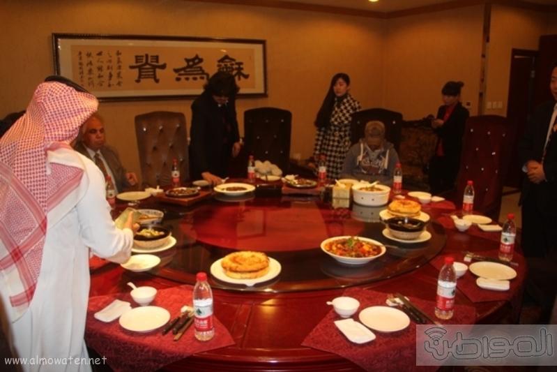 بالصور.. عادات تعرفها لأول مرة عن طعام التنين الصيني (6)