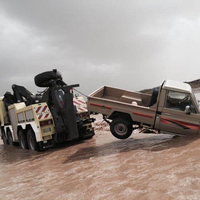 بالصور.. مدني #عسير هذه حصيلة الحوادث المصاحبة لأمطار الأربعاء (17)