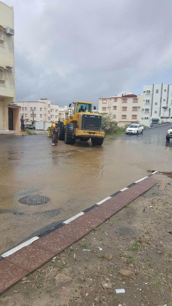 بالصور.. مدني #عسير هذه حصيلة الحوادث المصاحبة لأمطار الأربعاء (3)