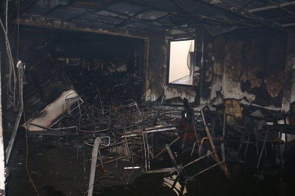 بالصور.. مدني #مكة يباشر حريقاً بمستشفى النور (3)
