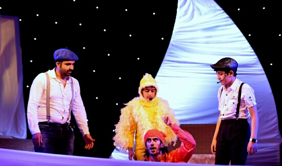 بالصور.. مسرحيات الإطفال تنال إعجاب رواد مهرجان الطفل والعائلة بـ #الخبر (4)