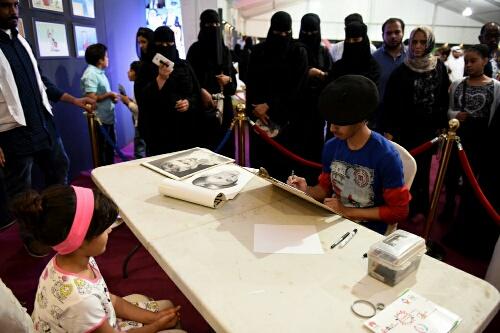 بالصور.. مسرحيات الإطفال تنال إعجاب رواد مهرجان الطفل والعائلة بـ #الخبر (6)