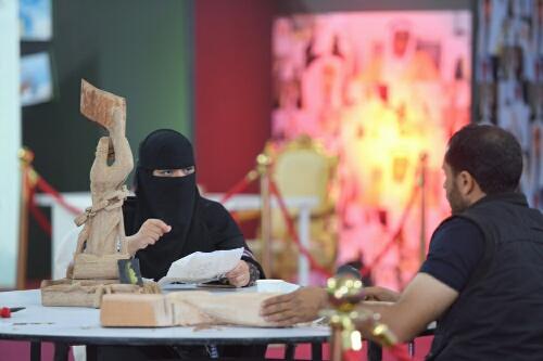 بالصور.. مسرحيات الإطفال تنال إعجاب رواد مهرجان الطفل والعائلة بـ #الخبر (7)