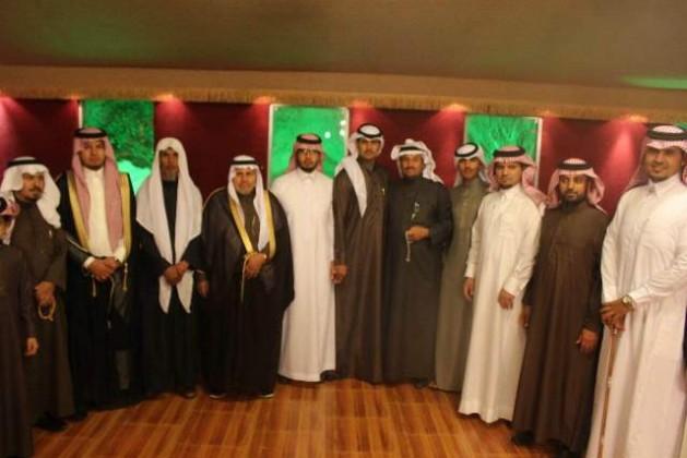 بحضور الخليوي آل ناجع يحتفلون بتخرج الملازم عبدالاله (1)