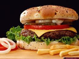 مقارنة صادمة بين مطاعم الوجبات السريعة والطعام الصحي!