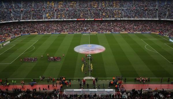 برشلونة ضد فياريال .. استعراض الكؤوس والممر الشرفي الأبرز