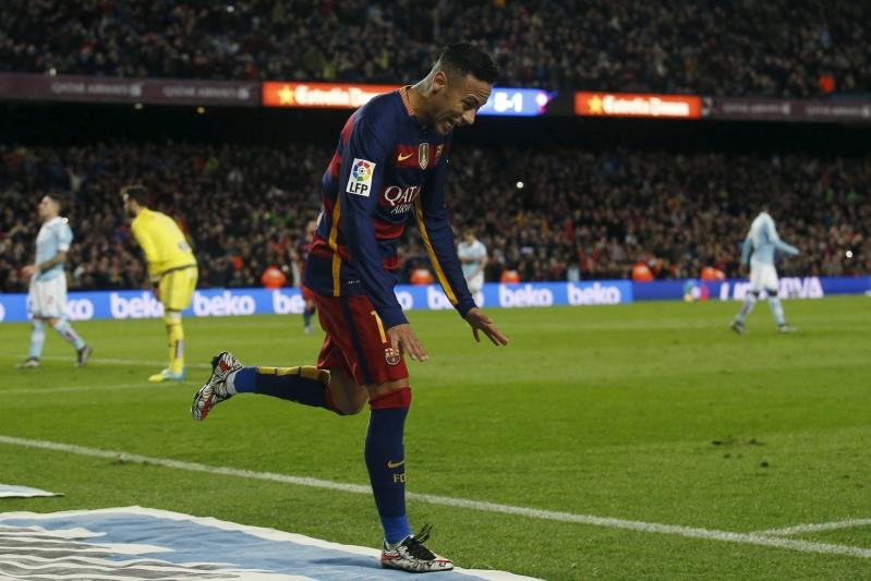 Football Soccer - Barcelona v Celta Vigo- Spanish Liga BBVA - Camp Nou stadium, Barcelona - 14/2/16Barcelona's Neymar celebrates a goal against Celta Vigo. REUTERS/Albert Gea