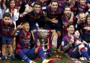 بالصور … احتفالات كبيرة بلقب الدوري الاسباني في برشلونة