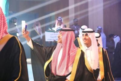 برعاية أمير الرياض.. حفل تخريج 5 آلاف طالب بجامعة شقراء (286340727) 