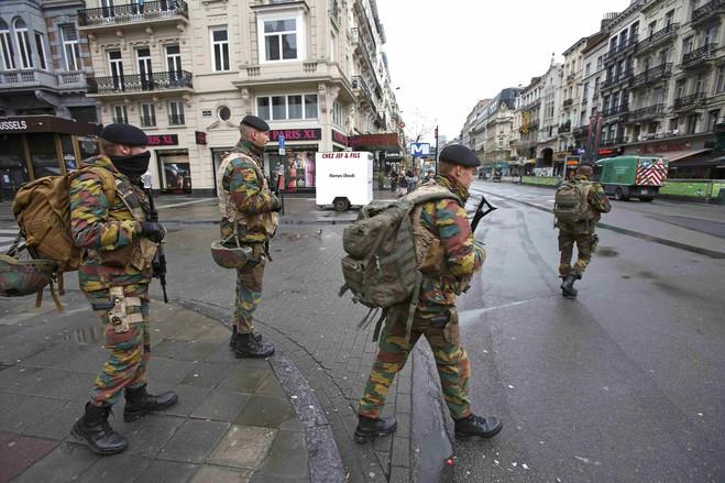 بروكسل تتحول إلى ثكنة عسكرية (6)