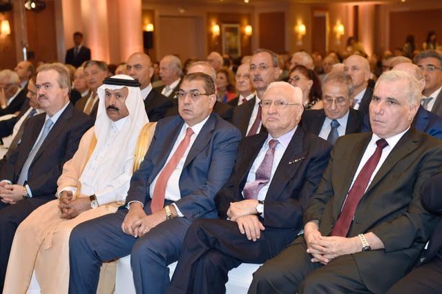 بري في افتتاح مؤتمر الاقتصاد (1)