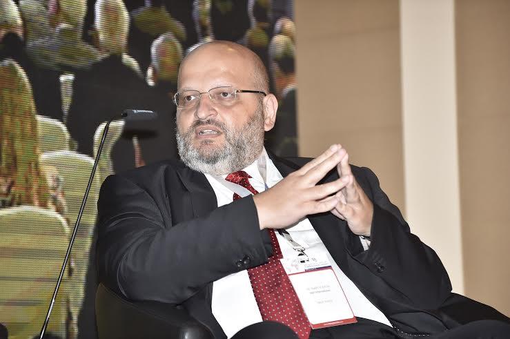 بري في افتتاح مؤتمر الاقتصاد (5)