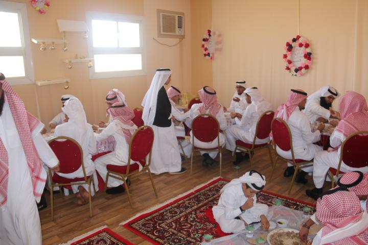 بطحاء الواديين تحتفل بالعيد بحضور ابنائها (12)