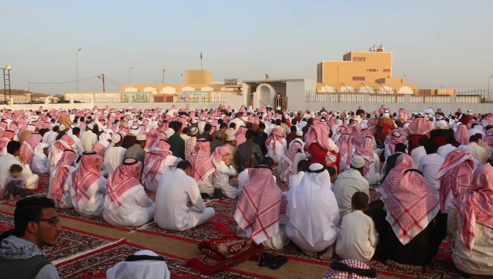 بطحاء الواديين تحتفل بالعيد بحضور ابنائها (8)