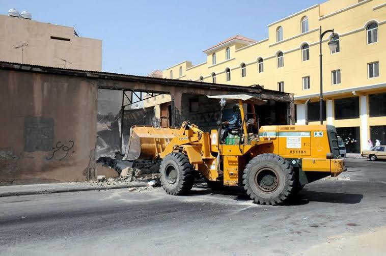 بلدية الخبر تزيل 8 مباني مجهورة وآيلة للسقوط