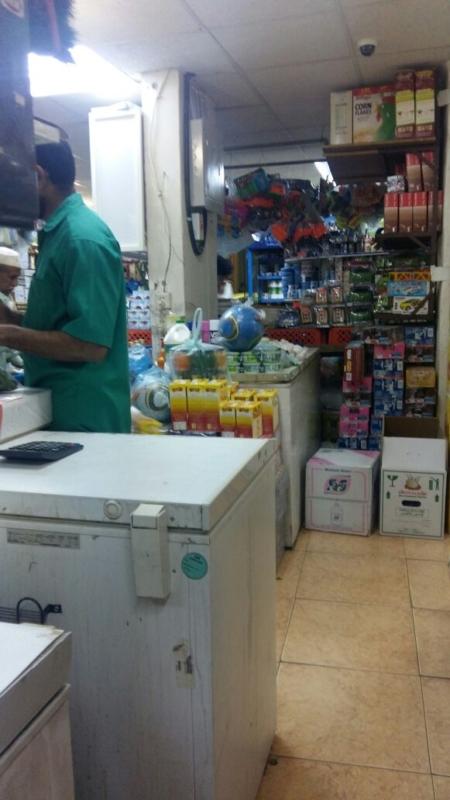 بلدية فيفاء تواصل جولاتها الرقابية خلال شهر رمضان (399885161) 