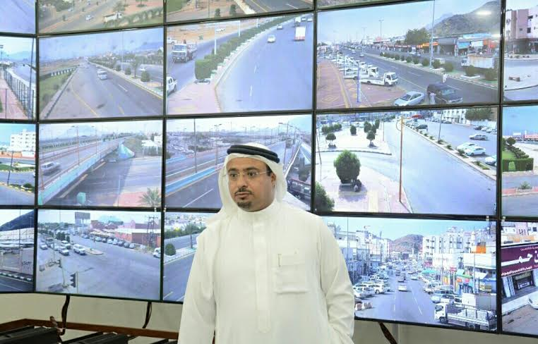 بلدية محايل تُطلق مشروع كاميرات المراقبة الأمنية1