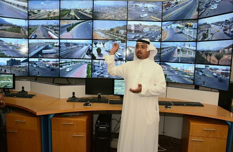 بلدية محايل تُطلق مشروع كاميرات المراقبة الأمنية4