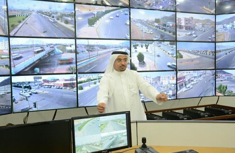 بلدية محايل تُطلق مشروع كاميرات المراقبة الأمنية5