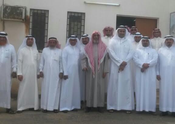بلدي محايل يطالب أمين عسير في زيارة خاصة لمركز السعيدة