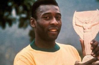 """أسطورة الكرة البرازيلية """"بيليه"""" يعرض مقتنياته في مزاد بلندن - المواطن"""