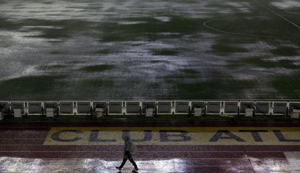 تأجيل مباراة بين #الأرجنتين و#البرازيل قبل اقل من ساعة على بدايتها بسبب الأمطار