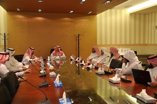 تحفيظ الرياض تبحث سبل التعاون مع جامعة اليمامة (4)