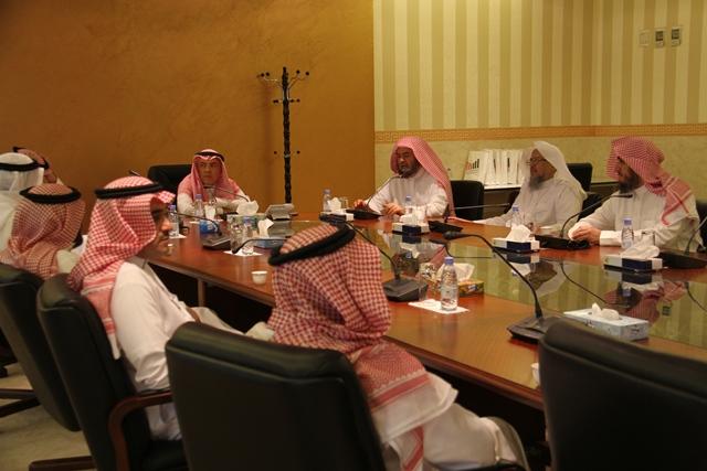 تحفيظ الرياض تبحث سبل التعاون مع جامعة اليمامة (6)