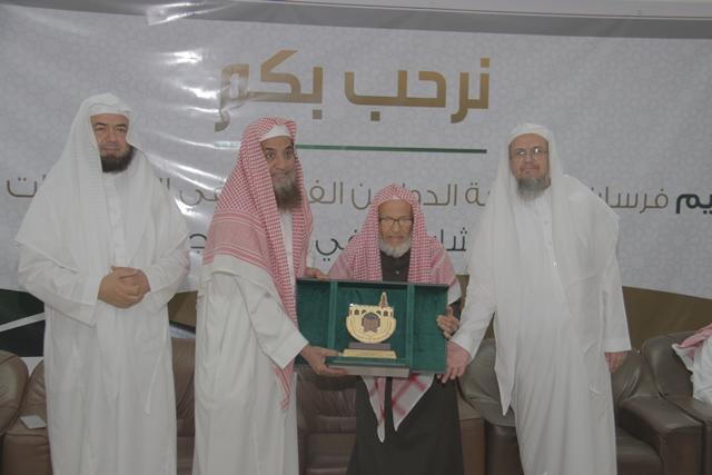 تحفيظ-الرياض-يكرم-الفائزين-بمسباقات-القران-الدولية (3)