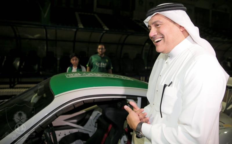 تدشين سيارة النادي الاهلي 13