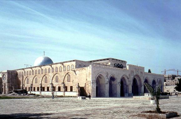 تراب المسجد الأقصى