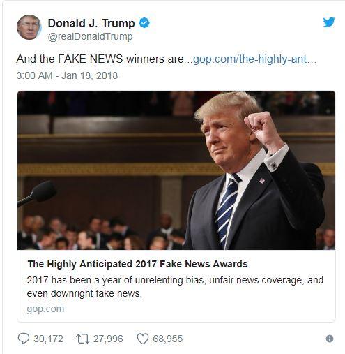 ترامب يكشف قائمة وسائل الإعلام الكاذبة